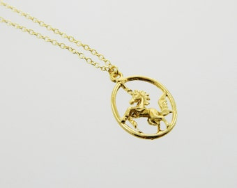Oval Unicorn Pendant Necklace - NC0035