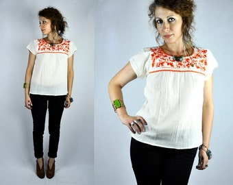 Embroidered Peasant Blouse Mexican Oaxacan Senorita Blouse Floral Cotton Gauze Boho Summer Fiesta Mexicana White with Orange Flowers XS - S