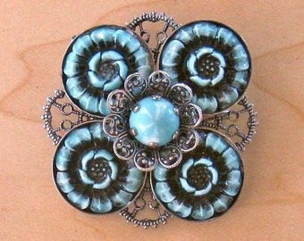 Vintage Turquoise Blue Thermoset Filigree Brooch Pin (TP-B-1-1)