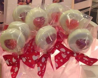 Oreo Cookie Pops Great for Class Valentines!