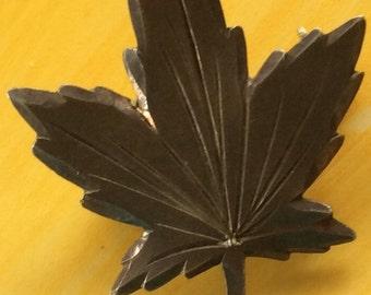 Vintage Leaf Pin Brooch