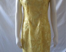 Vintage Yellow Asian Dress Frog Buttons  Zipper back gold outlined flowers
