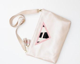 30% off MACY 3 / Shoulder bag with adjustable shoulder strap with leather details - Ready to Ship-Sale