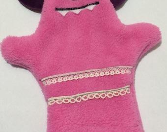 Monster Hand Puppet: Wicky Bridgeforth