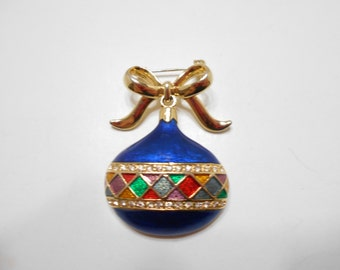Monet Enamel Christmas Ornament Brooch (1058)
