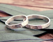 Wedding rings set, Wedding band set, organic wedding rings, rustic wedding ring, hammered wedding ring, wedding band, engagement ring