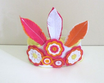 Felt Crown, Feather Felt crown, Girls Cake Smash, Floral Crown, Birthday Party hat, Girls Gift