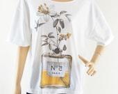 SALE Flowers Perfume bat sleeve Art Shirt women tshirt Cute Tshirt Gift Mom Shirt front short sleeve tshirt oversize screen print size L