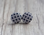 Black and white squares button earrings, fabric earrings stud earrrings, button fabric earrings, 3/4 inch, 19mm, covered button earrings