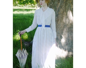 SALE Beautiful white lawn cotton Edwardian dress 1910s 1900 xs