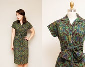 Vintage 1940s Colorful Paisley Tile Printed Dress / Tie Waist / Short Kimono Sleeves / Size Small