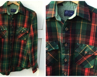 Vintage JC Penney The Men's Shop Plaid Flannel Shirt - Men's Size Large