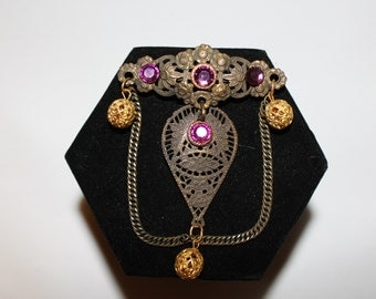 1970s Art Nouveau Amethyst Filigree Gothic Bohemian Draped Chain Brooch