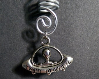 UFO Alien dreadlock charm - spiral coil silver 'I want to beliive' x-files Mulder Scully spaceship