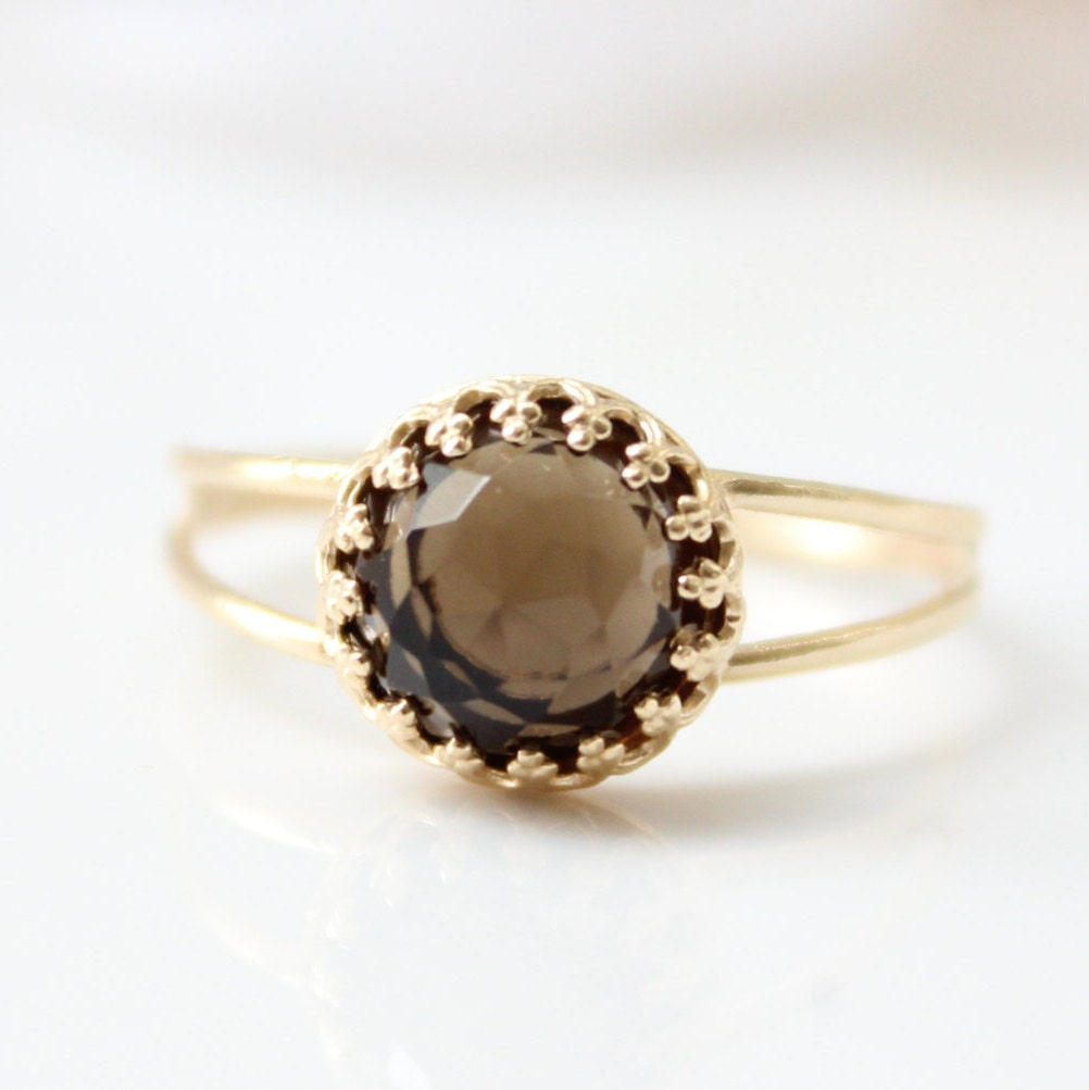 smoky quartz ring gold ring set with a smoky quartz gemstone
