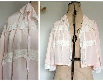 1940's Rayon Bed Jacket |  Lace Blouse | Size M