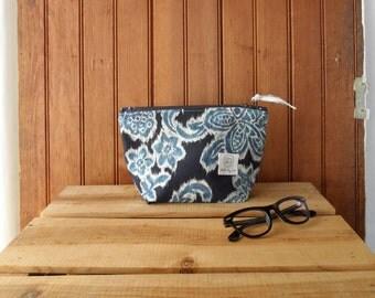 Zip Pouch - light canvas flat bottom metal zipper polka dots ikat
