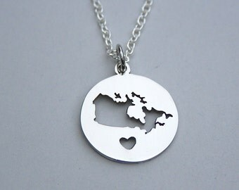 SALE , Canada 150 Necklace, Canada Map, Canada Day, Canadian Citizen Gift, University Student Gift, Tourist Gift , 150th Confederation