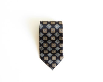 MERCEDES High Fashion *free ship* Tie Handmade 100% Silk Black with Squared Pattern