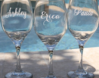 Personalized Wine Glass, Bridesmaid Gift, Birthday Gift, Anniversary Gift, Housewarming Gift
