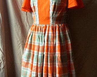Vintage Dress 1950s Full Flared Skirt Fitted Waist Fancy Lady