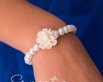 Flower girl gift Baby Child infant bracelet flower girl jewelry bracelet for kids stretch bracelet flower bracelet flower girl jewellery