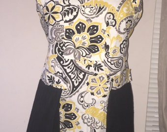 Women's Aprons with flowers
