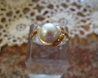 Classic 14k Y Gold Natural 8mm Pearl Ring Size 9 1/2