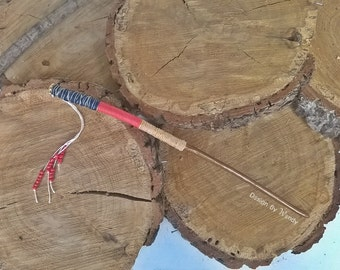 Shaman Wand, Tribal Magic Wand, Hand Crafted Wooden Rustic Witch Wand, Natural Wood Wand, Simple Wiccan Wand, Costume Accessories Magic Wand