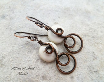 Wire wrapped earrings / wire wrapped jewelry handmade / white magnesite stone / copper jewelry / earthy jewelry  Wire jewelry  Boho earrings