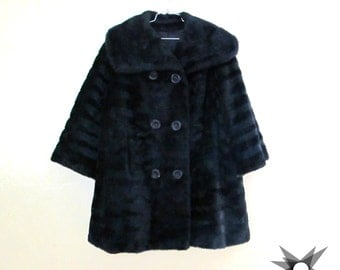 Vintage 1960's/ 70's Black Faux Fur Double Breasted Oversized Collar Full 3/4 Sleeve Coat Size