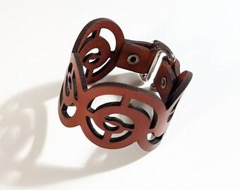 Swirl Bracelet (medium) in auburn leather with E-hook clasp, leather bracelet, leather cuff bracelet, leather cuff, hipster, black leather
