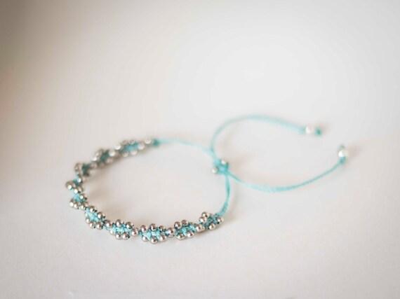 Spiral macrame bracelet