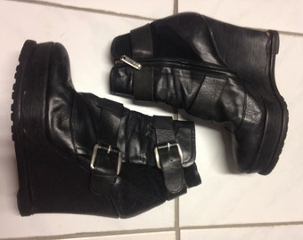 BARBARA BUI vtg 90s goth punk rockabilly cool black leather platform ankle boots sz EU 39