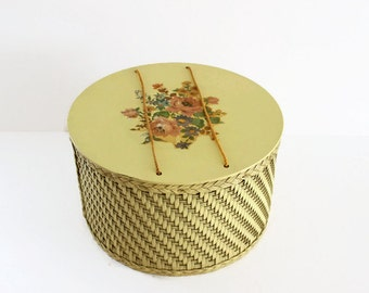 Vintage Yellow Wicker Sewing Basket, Round Wicker Sewing Basket with Floral Decal, Shabby Chic Wicker Storage, Sewing Notions Wicker Basket