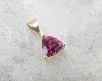 Pink Tourmaline in Space Age Trillion Cut in Pendant T176X6-R
