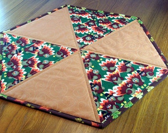 Quilted Thanksgiving Table Topper: turkeys and fall leaves hexagon table mat, large candle mat, reversible autumn table centerpiece