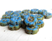 Ol' Blue Eyes Baby Blooms - 10mm cornflower blue czech table cut flower beads, Picasso finish (6), czech glass beads, picasso