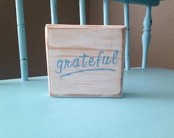Grateful Wood Sign White Decor Wood Block Home Decor Gifts Under 15 Gift Idea Room Decor Gift Idea Wooden Blocks Decorations