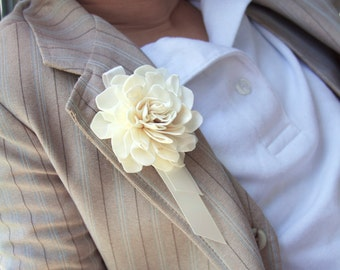 Sola Gardenia {Corsage/Boutonniere) with Ribbon - Option to Lease