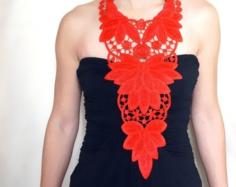SALE Venise Lace Necklace/ Lace Jewelry/ White Necklace/ Bib Necklace/ Statement Necklace/ Body Jewelry/ Lace Fashion