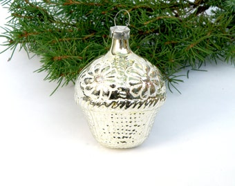Vintage flower basket Glass Christmas ornament Collectible ornament  Christmas tree decoration White basket flowers ornament Made in 1950s