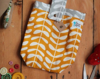 Nappy Bag Pouch - Fits 2 Nappies & Wipes For Just Popping Out!  FREE DELIVERY!