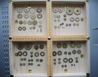 Vintage clock gears / Set of 22 / Small BRASS Gears parts / alarm clock parts / Robot mix parts / brass gears / steampunk gears - g67