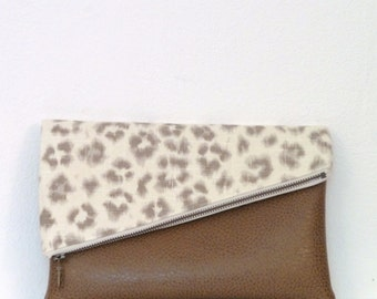 Clutch / Clutch Bag / Clutch Purse / Foldover Clutch Bag / Handbag / Evening Bag / Purse / Leather Clutch Bag/ Leopard Print Clutch