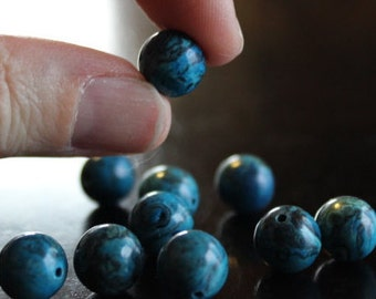 10 natural dyed Brazil Crazy agate beads, round, 10 mm, hole 1 mm, teal/dark turquoise, with black and brown