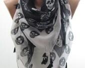 Skull Scarf Shawl Day of the Dead Scarf Cross Bones Scarf Black and White Scarf Tassel Scarf Cowl Scarf Women Fashion Accessories Steampunk