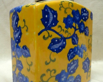 Beautiful Chinese Squared Yellow Jar w. Blue Floral- VINTAGE