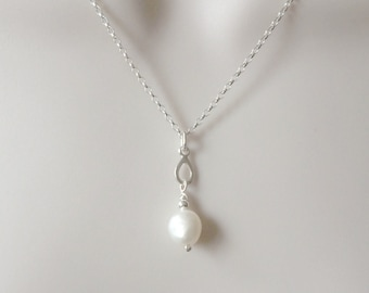 Pearl Sterling Silver Teardrop Necklace, Pearl Jewellery, White Pearl Pendant, Modern Pearl Jewelry, Teardrop Necklace, Silver Chain,