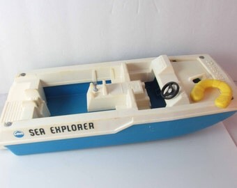 Fisher-Price Adventure People Sea Explorer Boat & Sea Sled #310- With Girl Figure